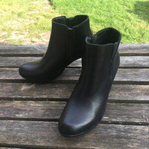 stövletter svart läder